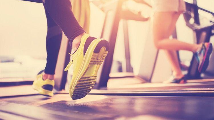 Treadmills-vs-elliptical-vs-stationary-bike-vs-rowing-machine